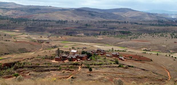Village Ambohitrila