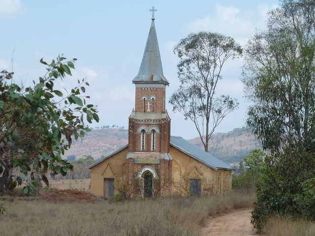 église Antangirika