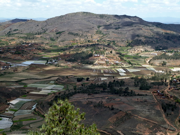 flanc nord du Massif Ampananina