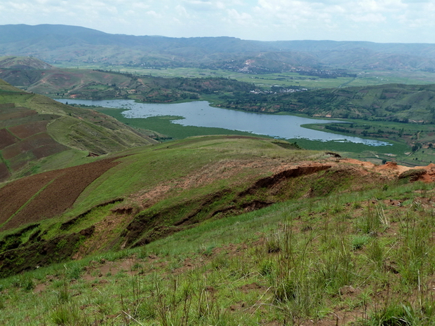 lac Mandetika