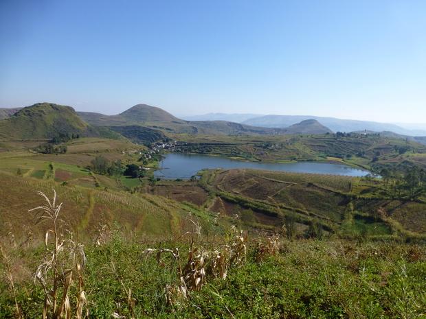 du sommet Andoharana lac Ngilomby