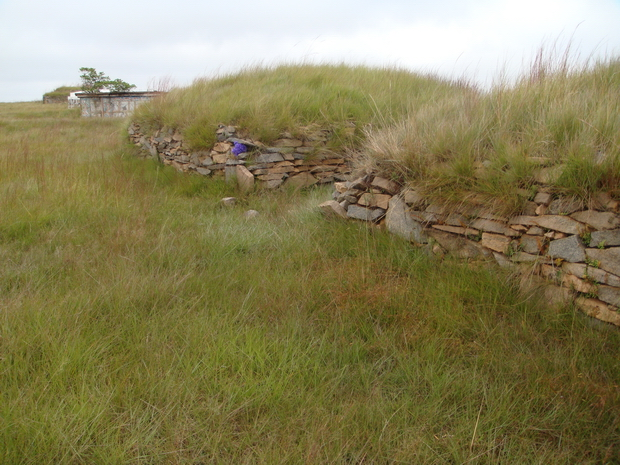 tombeaux isolés sur les sommets