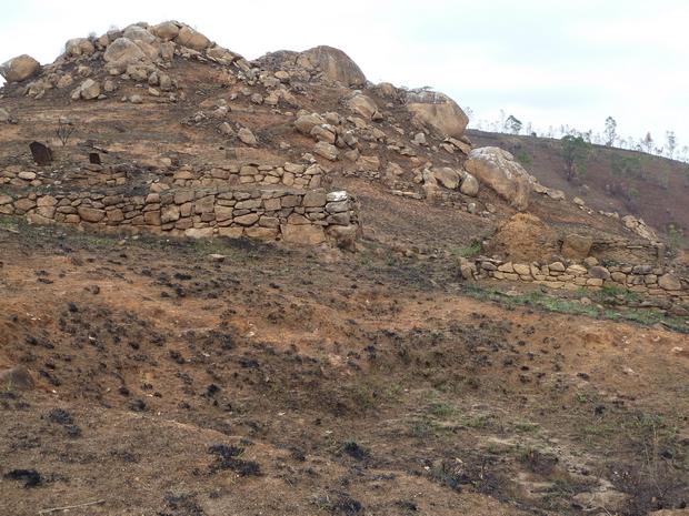 nombreux tombeaux