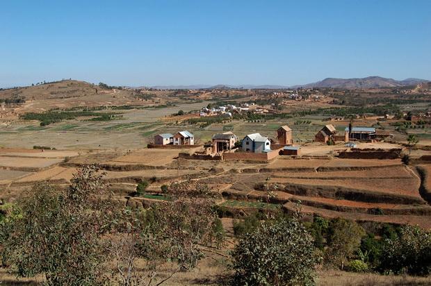 villages de TSARATANANA et NIAKOTSOARANO