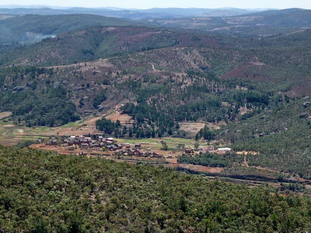 Village Nanelezana