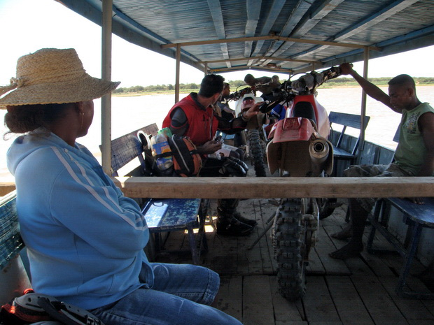 bateau tsiribihina