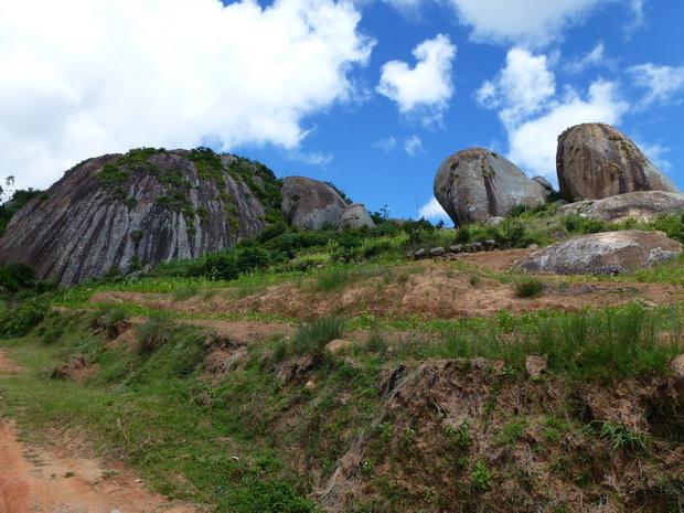 montée sur Ambatomanoina