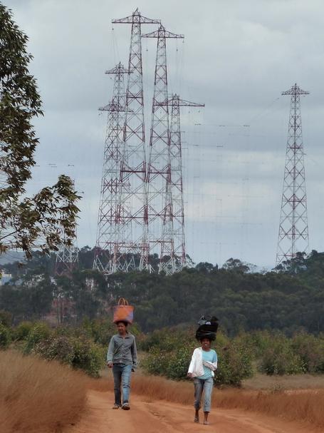 Les antennes de Radio Nederland , antennes filaires pour la radio diffusion sur ondes courtes
