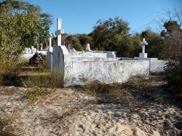 tombes Maintirano