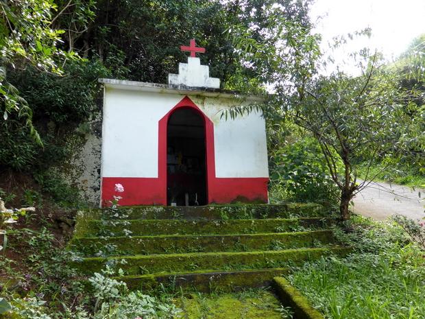 chapelle trou de terre