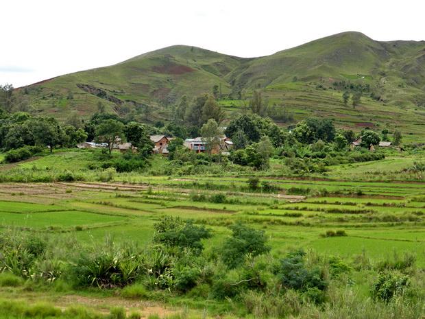 vallée de la Sahora Ambohijafy