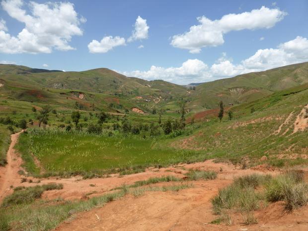 col à franchir entre les massifs Ambohibe et Ambohidrafito