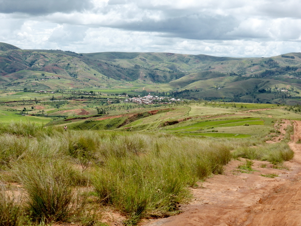 village Ampasamanatongotra