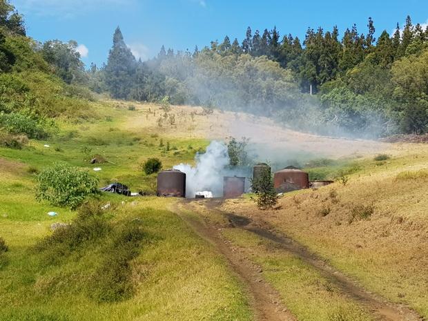 fabrication du charbon de bois Route de Vaudeville