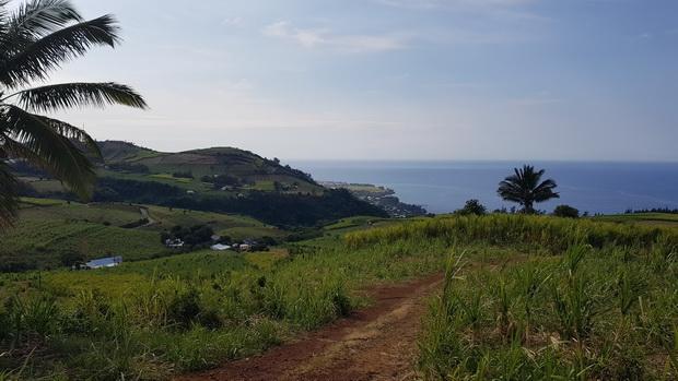 Manapany les Bains et le Piton de Manapany