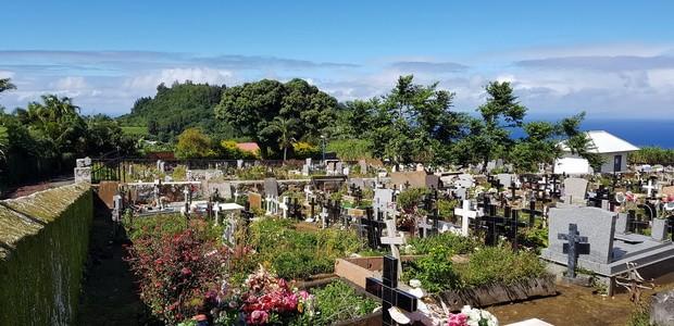 cimetière Les Lianes